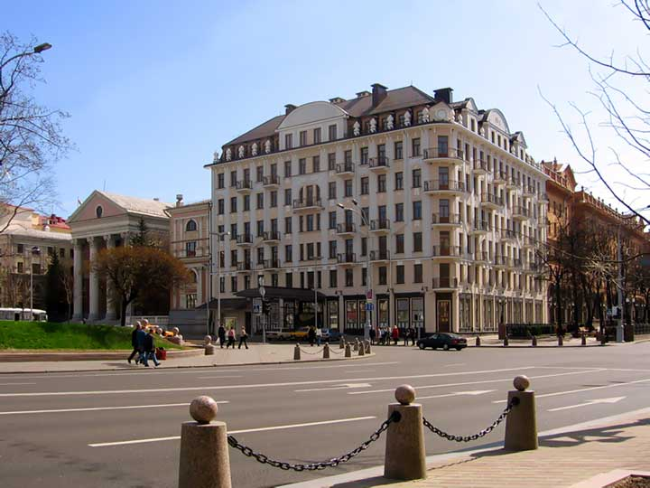 Отель 5 звезд в Минске. фото.